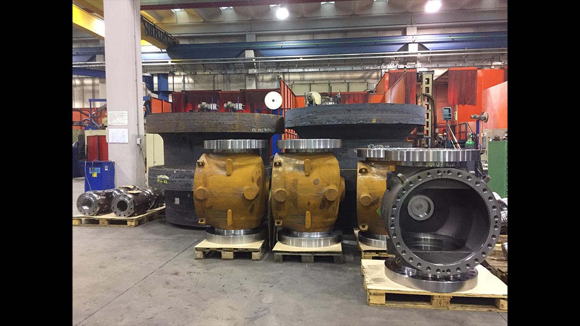 Tools machineries for large pieces